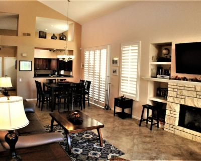 Two Master Suite Villa/House with Outdoor Granite Bar Kitchen - Fire Pit & Table - Cathedral City