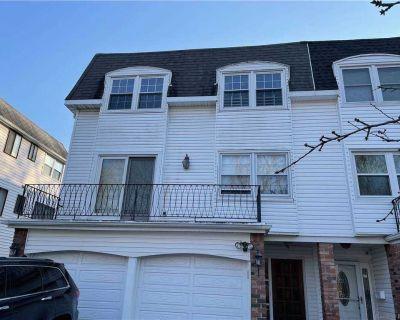 ID #: (ZAC) Beautiful Bayside 2 Family Townhouse for Sale
