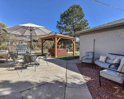 3BD Downtown Modern Hot Tub, Grill, Close to DT - Central Colorado Springs