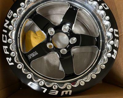 $2000 Weld Racing USA Forged True Beadlock 17 New