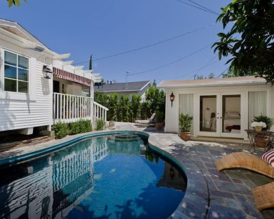 Designer West Hollywood Bungalow, Heated Pool, Guest House, Walk to Everything - Norma Triangle