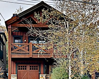 Enhanced disinfectant cleaning! Gorgeous home Walk 2 Ski Lift & Main St, hot tub - Downtown Park City