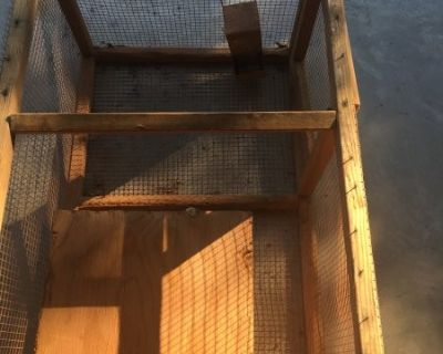 FS Rabbit cage no top feeder included