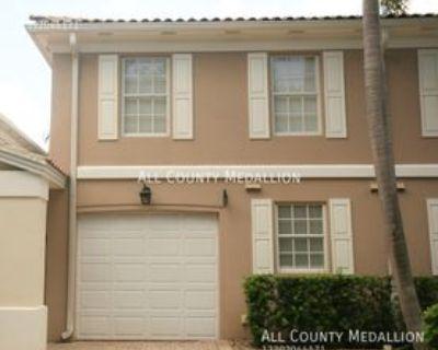 5725 Cove Cir, Island Walk, FL 34119 3 Bedroom Condo