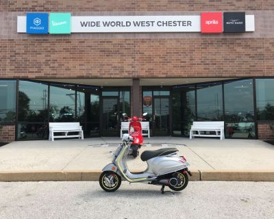 2021 Vespa Elettrica 45 MPH Scooter West Chester, PA