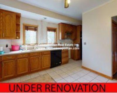 53 4th St #1, Medford, MA 02155 2 Bedroom Apartment