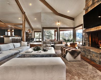 Chic Chalet! Five-Bedrooms, Billiards Room, Swank Bar, More Fun And Glamour - Park City