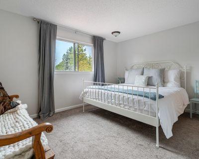 King Master Suite! 3 Bdrm Executive Home St Albert - St. Albert