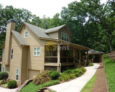 Huge 5 Bedroom House Plus Garage In Gainesville