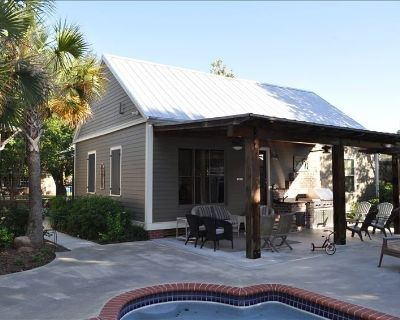 Acadian-style Home with Private Garden, Pool, Grill in Breaux Bridge - Breaux Bridge