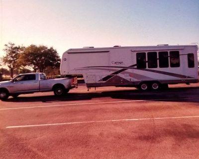 Truck & 5th wheel combo