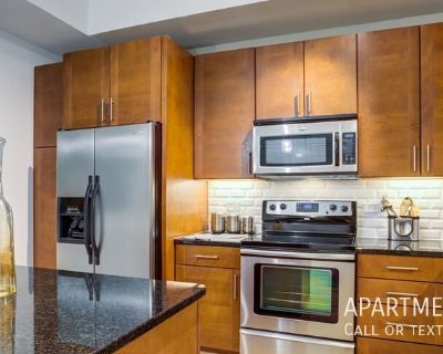 The location you want . . . the luxury you deserve! apartments in Greenway/Upper Kirby ..