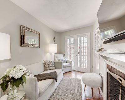 Newly renovated Gem of a Georgetown Home - Georgetown