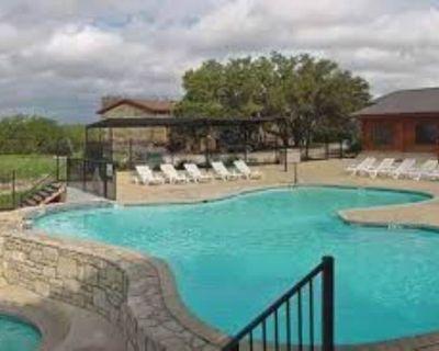 Beautiful 1 Bedroom Villa at The Bandera Homestead! - Pipe Creek