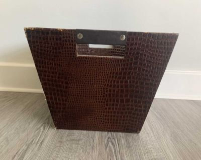 Faux leather storage container Obo