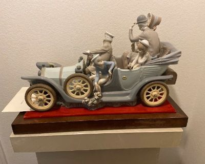 Lalique, Lladro, Arts & Cats Online Auction by Caring Transitions - Ends 9/8!
