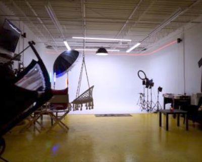 ATL's Top Creative Studio Space (Smoke Friendly), Atlanta, GA