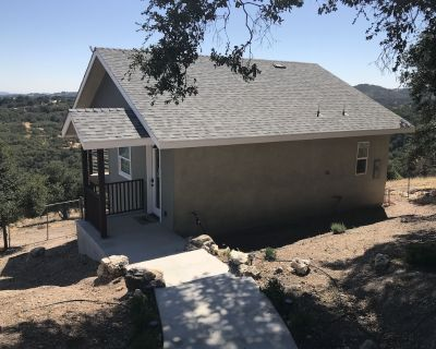 Cottage on Our Hill (w/ EV Charger) - Paso Robles