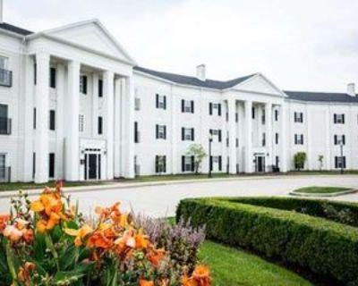 12926 University Cres, Carmel, IN 46032 1 Bedroom Condo