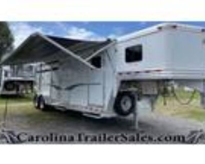 2022 Dream Coach 2H Straight Load, Mid Tack, Awning,Extremely Clean 2 horses