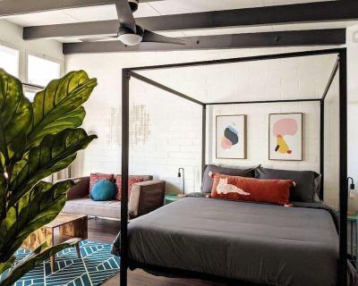 NEW! BEST HERMOSA BEACH LOCATION Luxe Studio - Hermosa Beach