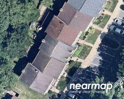 2 Bath Preforeclosure Property in Germantown, MD 20874 - Climbing Ivy Dr