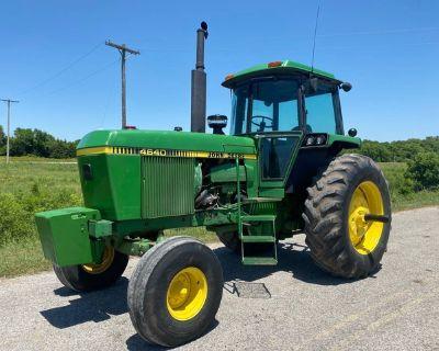 4640 John Deere Tractor w/Cab