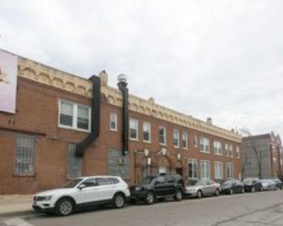 W Armitage Ave, Chicago, IL 60614 4 Bedroom Condo
