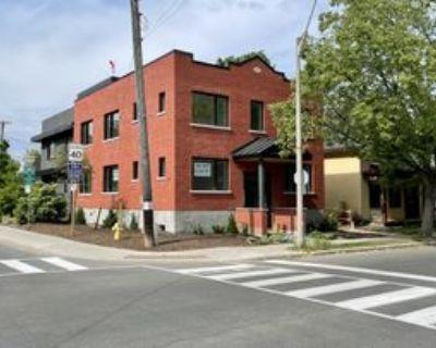 205 Crichton Street, Ottawa, ON K1M 1W1 6 Bedroom House