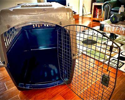 Large Dog Kennel for sale!