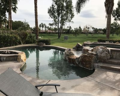 Family Dream!Sports ct,Large play yd, 3 master bedrooms+Views of golf course/mtn - La Quinta