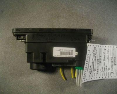 00 Mercedes Clk 430 Clk 320 Central Locking Door Vaccum Pump Part No 2108001848
