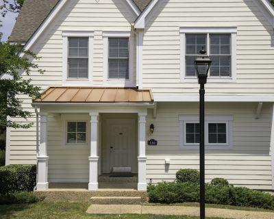 4 bedroom Estate close to Busch Gardens - York