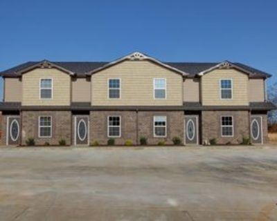 965 Big Sky Dr, Clarksville, TN 37040 2 Bedroom Apartment