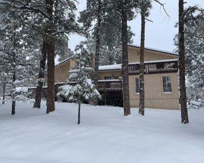 Mountain Home Listing - 3 Bedroom/2 Bath Split Level Alto Chalet in the Pines! - Alto