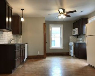 1525 South 4th Street #2, Springfield, IL 62703 1 Bedroom Apartment