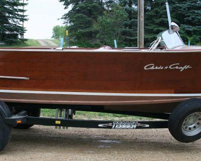 1947 Chris Craft 18 foot utility
