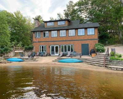Beautifully Maintained House With Clear Water Sandy Beach