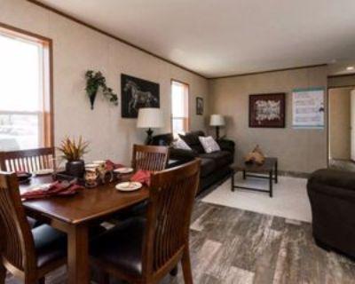34 Pine #34, Highland, MI 48357 2 Bedroom House