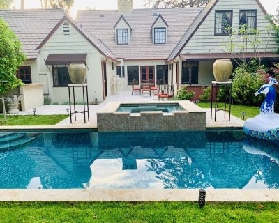Paradise in Hollywood , 3 bedrooms , 4 bathrooms, with. pool , private setting!! - Hollywood Hills West