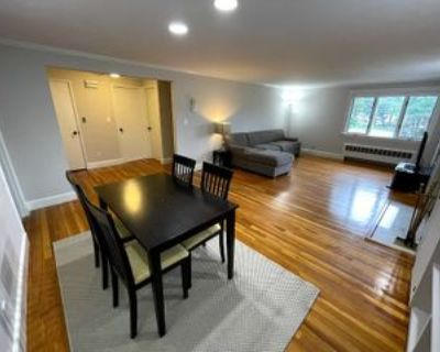 East Side Pkwy & Winchester Rd #2, Newton, MA 02458 2 Bedroom Apartment