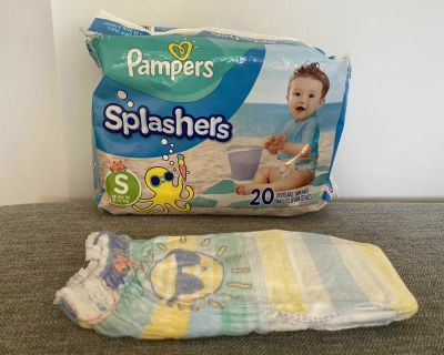 Pampers splashes 17 swim diapers