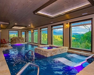 Smoky Mountain Retreat: Spectacular Views! Top Amenities, Perfect for Large Groups, Best Location! - Pigeon Forge