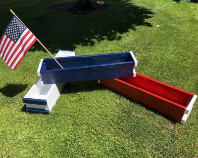 Set of 3 solid wood planter boxes, $75