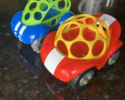 Baby rattle and roll cars