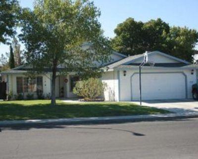 721 N Inyo St, Ridgecrest, CA 93555 4 Bedroom House