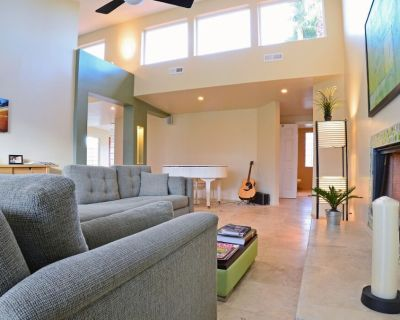 Outstanding location and vibe! - Palm Springs