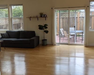 Private room with shared bathroom - San Francisco , CA 94109