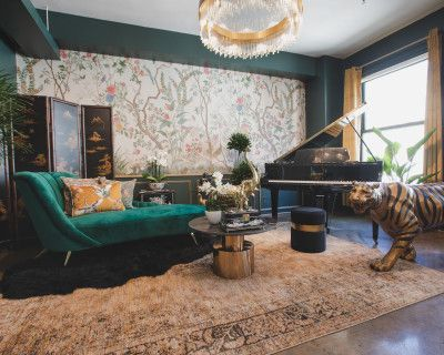 Downtown Sun Drenched Luxury Unique Jungle Studio with Piano, Los Angeles, CA