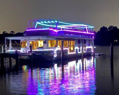 1998 Sumerset Luxury Houseboat